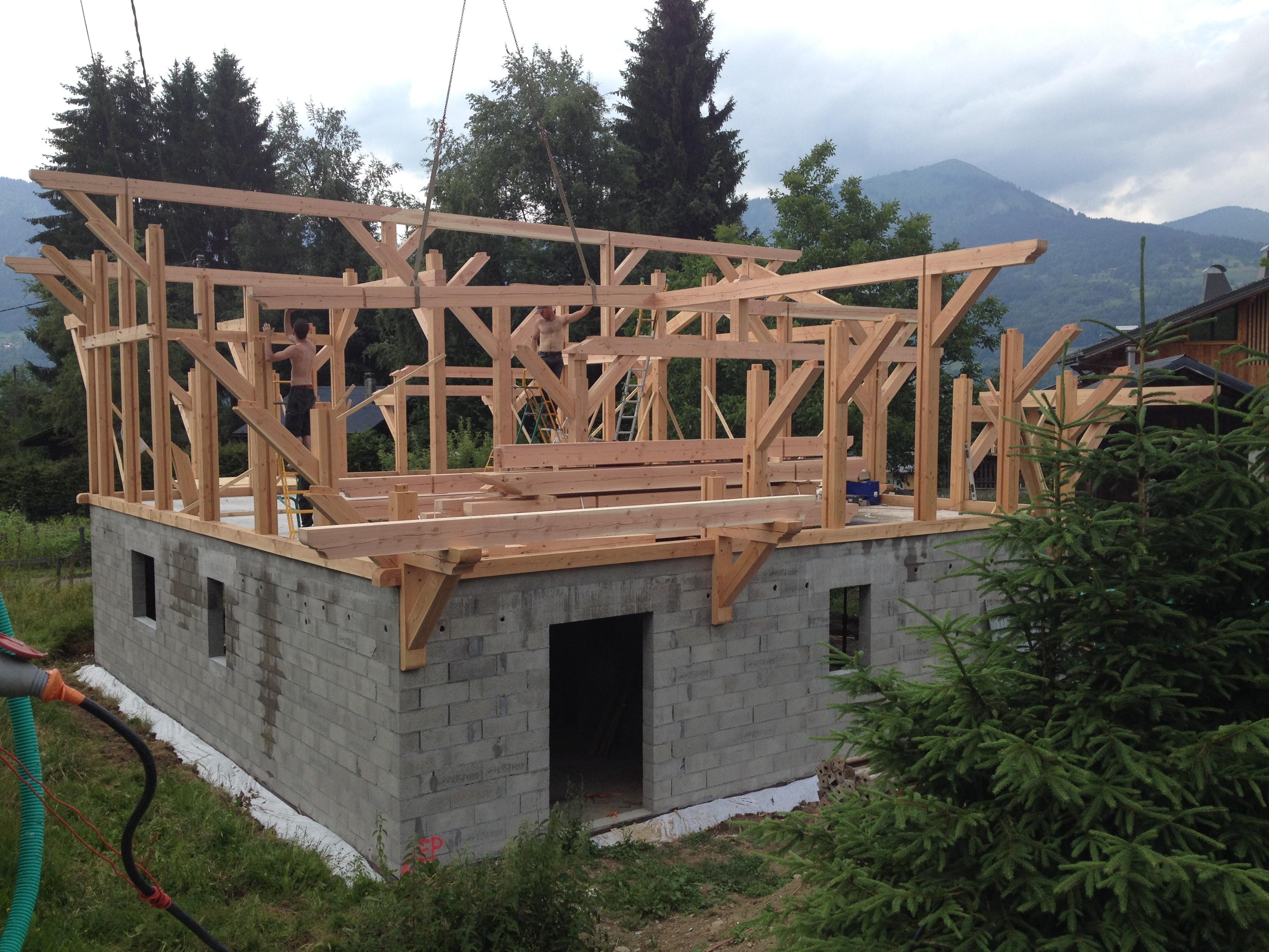 carpentry work commences at chalet allure chalet apassion in samo ns france luxury. Black Bedroom Furniture Sets. Home Design Ideas