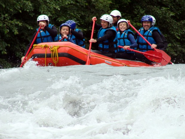 Rafting the Giffre in Samoëns, France