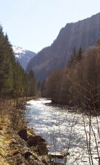 Cycling-along-River-Giffre-in-Spring